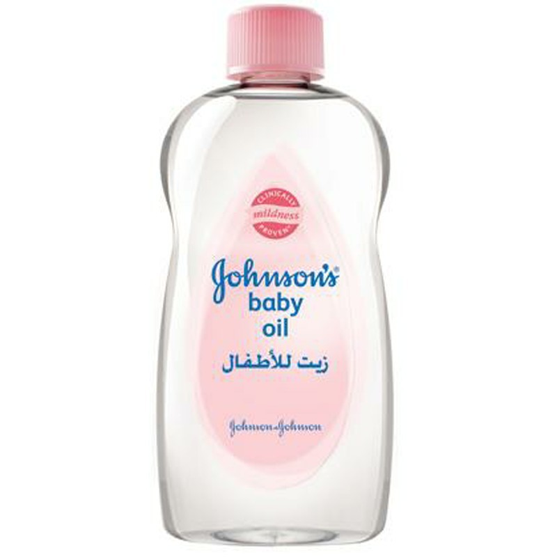 Johnson oil 200 ml for children to moisturize the skin and protect it from dehydration